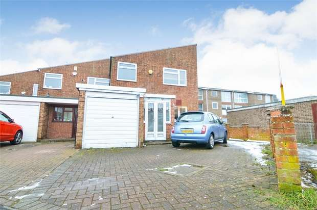 4 Bedrooms End Of Terrace House for sale in Clyfton Close, Broxbourne, Hertfordshire