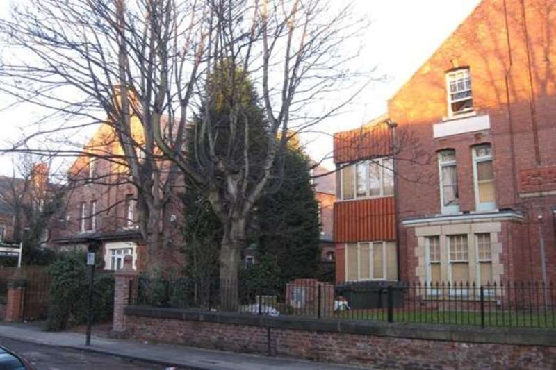 5 Bedrooms Flat for rent in Otterburn Terrace, Jesmond, Newcastle Upon Tyne, NE2