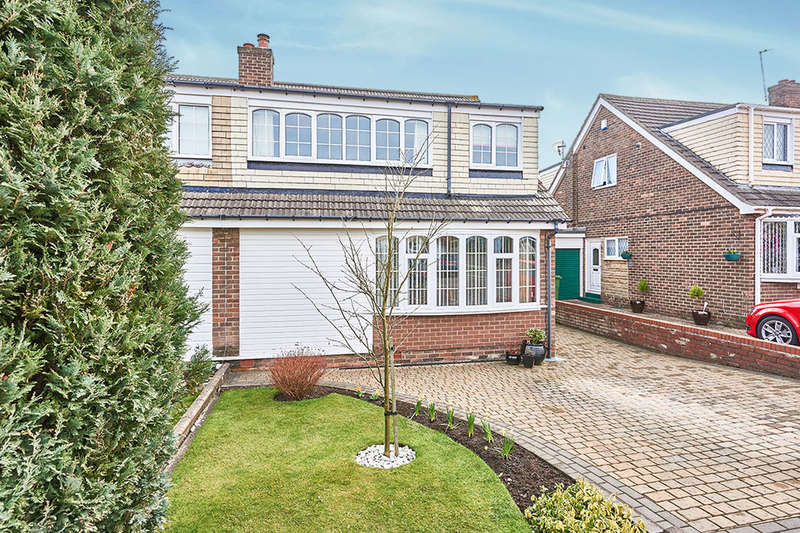 3 Bedrooms Semi Detached House for sale in Lindale Avenue, Whickham, Newcastle Upon Tyne, NE16