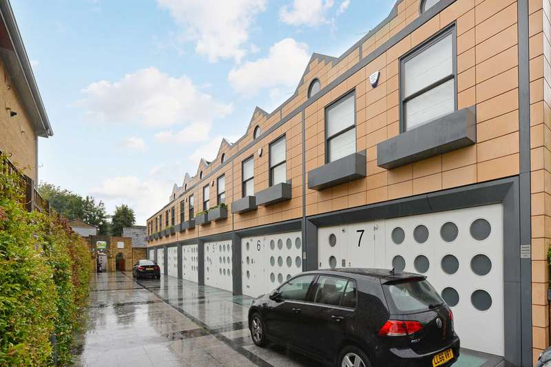 4 Bedrooms House for sale in Holinser Terrace, Ealing
