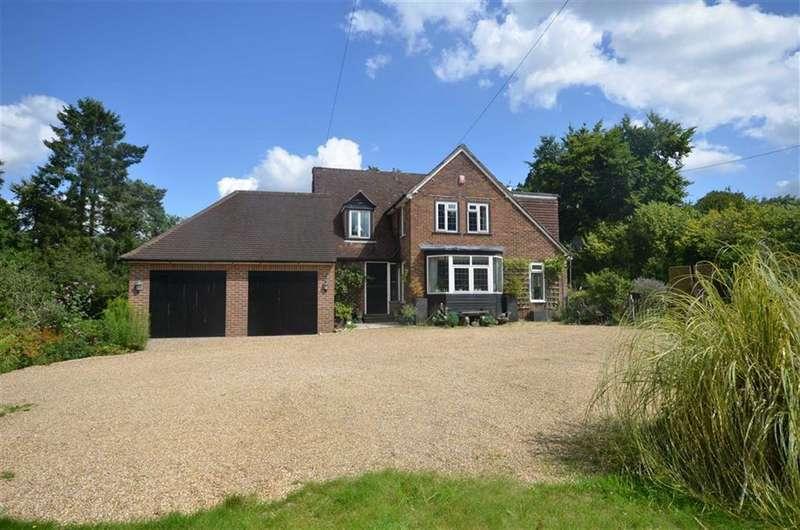 5 Bedrooms Detached House for sale in Binton Lane, Seale, Farnham