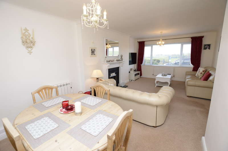 3 Bedrooms Semi Detached House for sale in Warwick Drive, Summerlands, Nr Kendal