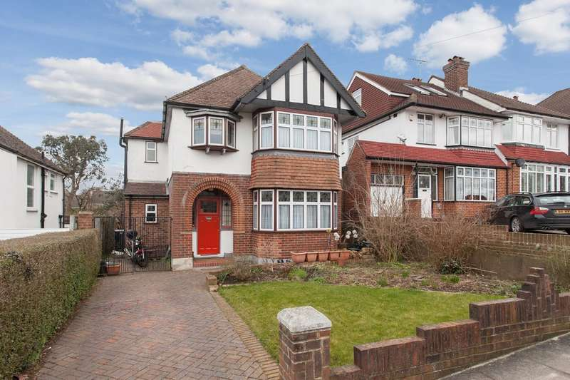 4 Bedrooms Detached House for sale in Cloonmore Avenue