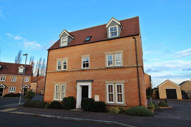 2 Bedrooms Apartment Flat for sale in Exmoor Avenue, Biggleswade