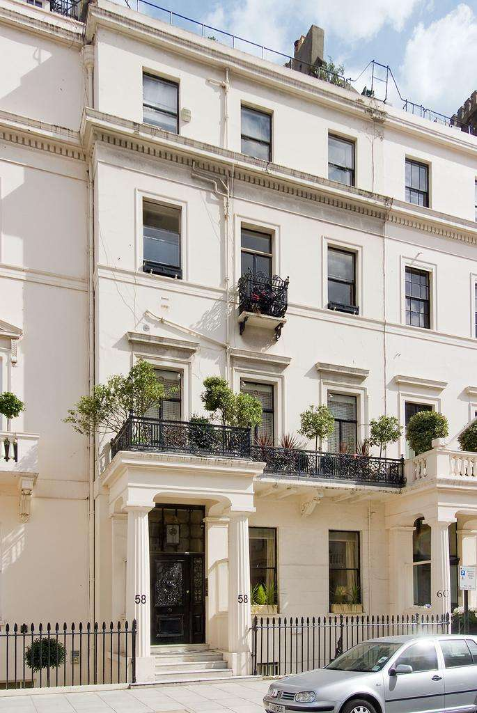 1 Bedroom Flat for sale in Eaton Place, London. SW1X
