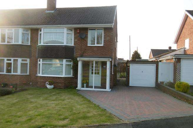 3 Bedrooms Semi Detached House for rent in Ewart Road, Donnington, Telford, TF2 7LP