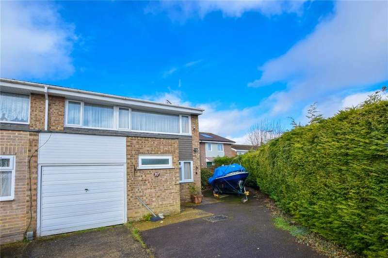 4 Bedrooms Semi Detached House for sale in Parr Crescent, Hemel Hempstead, Hertfordshire, HP2