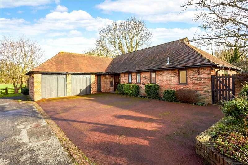 4 Bedrooms Detached Bungalow for sale in Manor Farm, High Street, Farningham, Kent, DA4