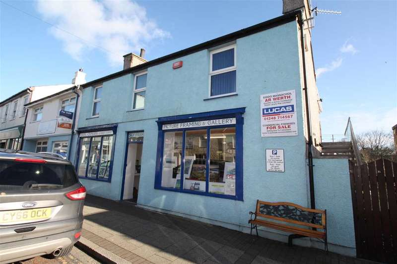 2 Bedrooms Apartment Flat for sale in First Floor Flat, 16 High Street, Cemaes Bay