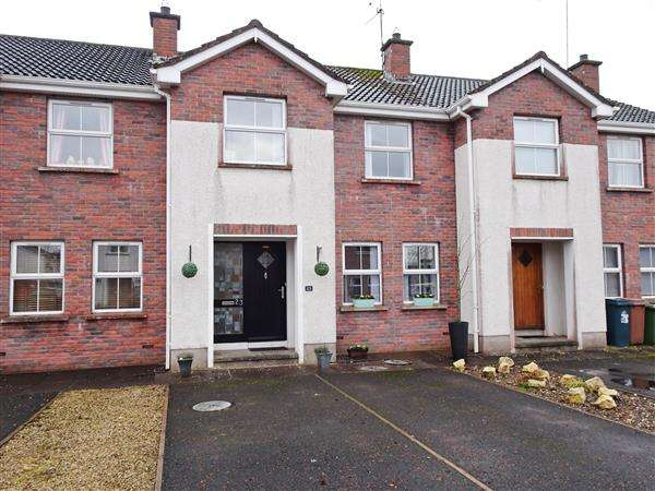 3 Bedrooms Semi Detached House for sale in Ashdale