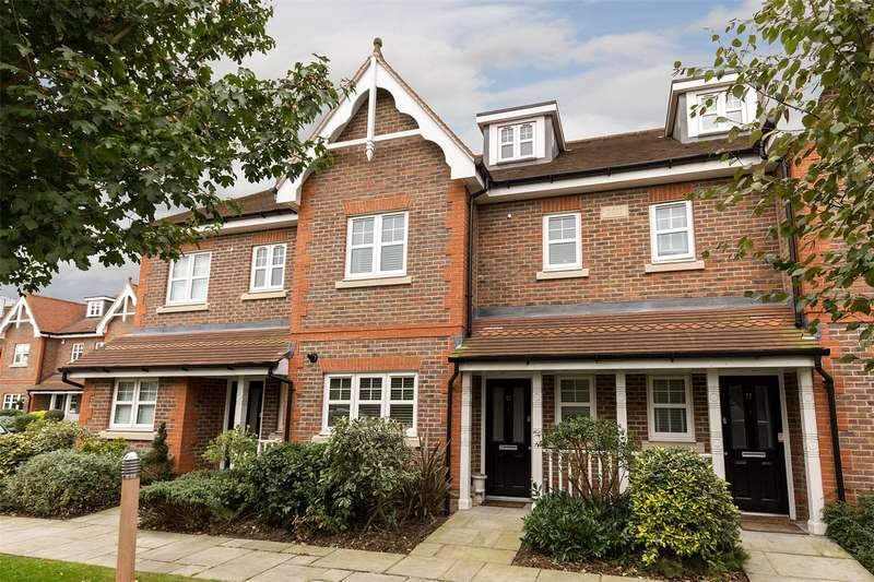4 Bedrooms Terraced House for sale in 12 Carlton Place, Marlow, Buckinghamshire, SL7