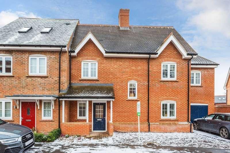 3 Bedrooms Semi Detached House for sale in Palmer Avenue, Broadbridge Heath