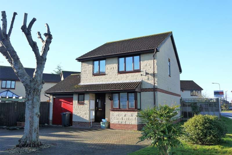 4 Bedrooms Detached House for sale in Glastonbury Way, Worle