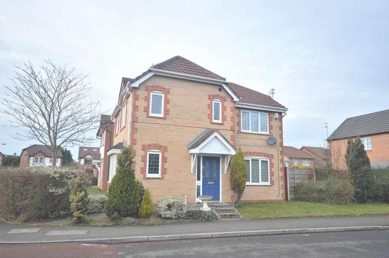 3 Bedrooms Detached House for rent in Kerscott Road, Sale