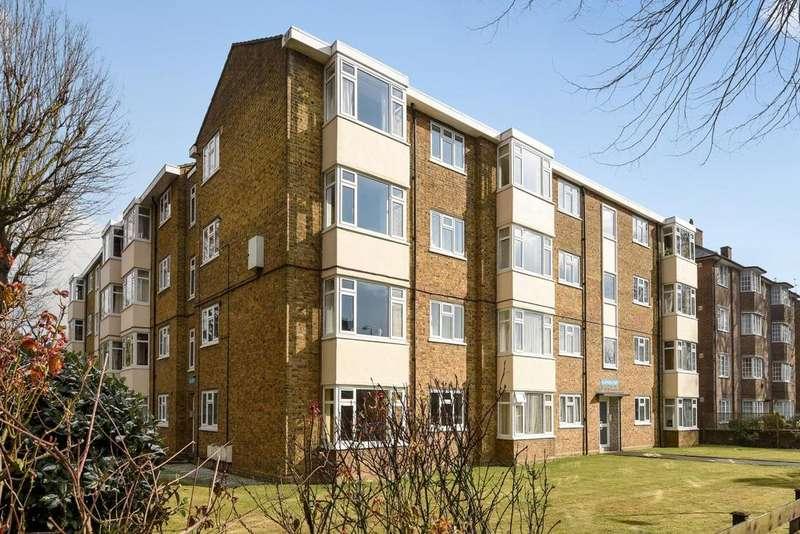 2 Bedrooms Flat for sale in Westcombe Park Road, Blackheath
