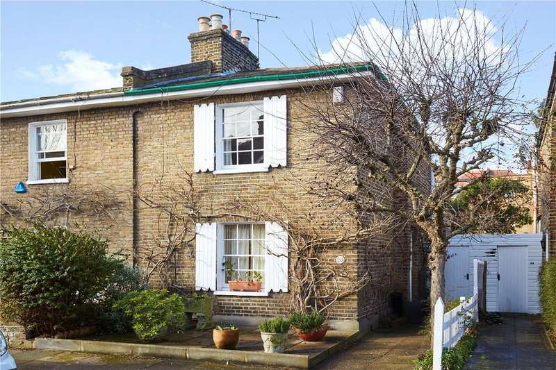2 Bedrooms Semi Detached House for sale in Coalecroft Road, London, SW15