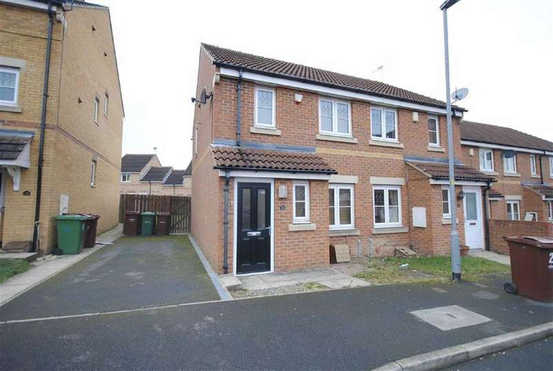 2 Bedrooms Semi Detached House for sale in Bellflower Close, Castleford, WF10