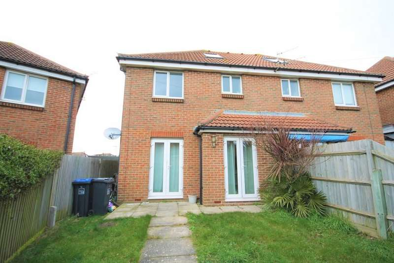 3 Bedrooms Semi Detached House for rent in Mile Oak Road, Southwick, Brighton