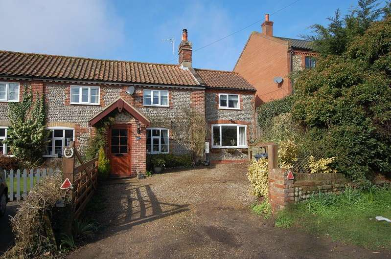 3 Bedrooms Cottage House for sale in Crossdale Street, Northrepps