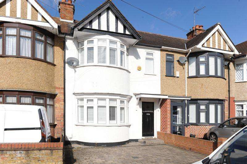 3 Bedrooms Terraced House for sale in Exmouth Road, Ruislip