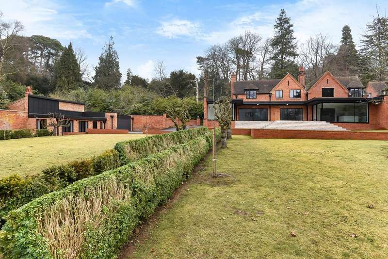 4 Bedrooms House for rent in Callow Hill, Virginia Water, GU25