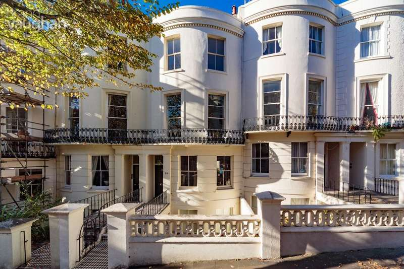 6 Bedrooms Terraced House for sale in Brunswick Road, Hove, BN3