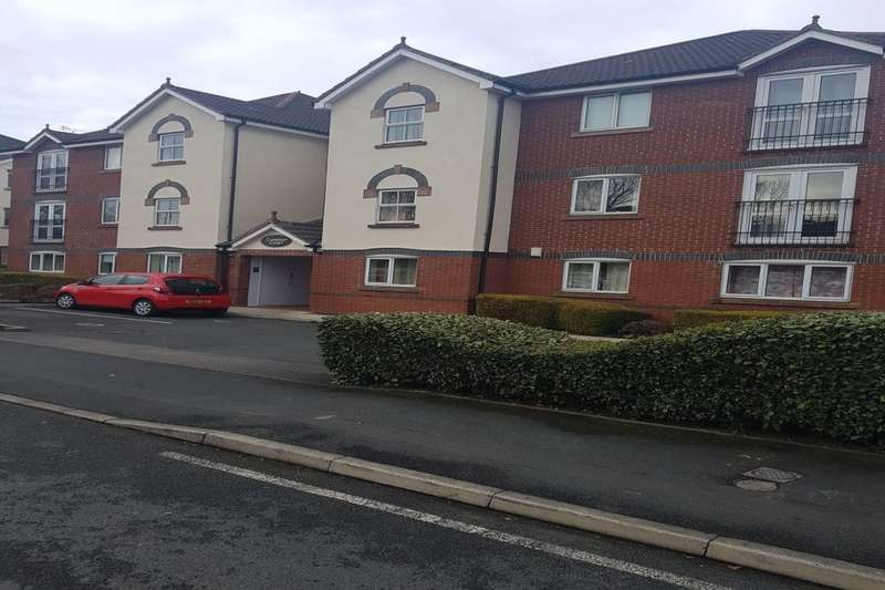2 Bedrooms Flat for sale in Downes Way, Manchester, M22