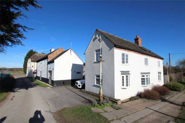 Flat for rent in Kings Bromley Road, Alrewas, Burton-on-Trent, Staffordshire