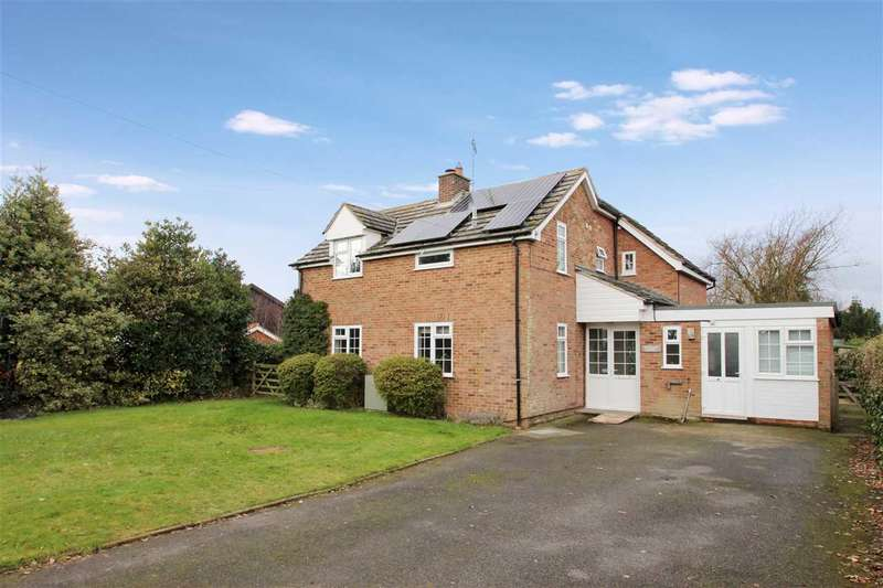5 Bedrooms Detached House for sale in Pilgrims House, Lings Lane, Chelmondiston, Ipswich