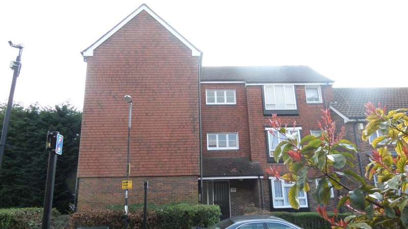 Studio Flat for sale in Kirkham Road, Beckton E6 5RY