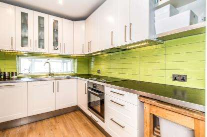 3 Bedrooms Terraced House for sale in Hilldale Avenue, Blackley, Manchester, Greater Manchester