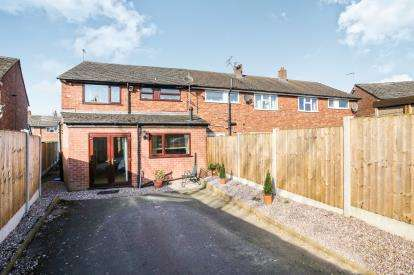 3 Bedrooms Terraced House for sale in Twinnies Road, Wilmslow, Cheshire, .