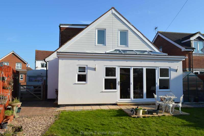 4 Bedrooms Detached House for sale in St Thomas`s Road, Hardway