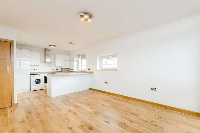 2 Bedrooms Flat for sale in Jodrell Road, Victoria Park, E3