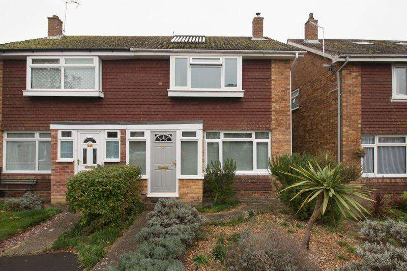 3 Bedrooms Semi Detached House for sale in Arnold Way, Bosham, Chichester