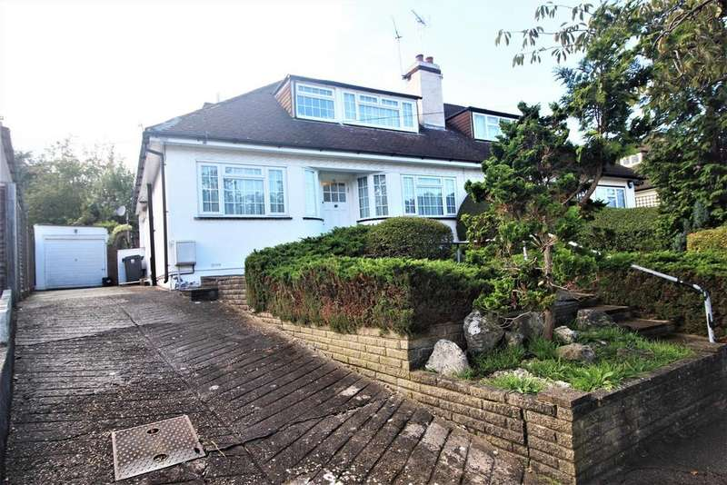 2 Bedrooms Semi Detached Bungalow for sale in The Grove, Edgware