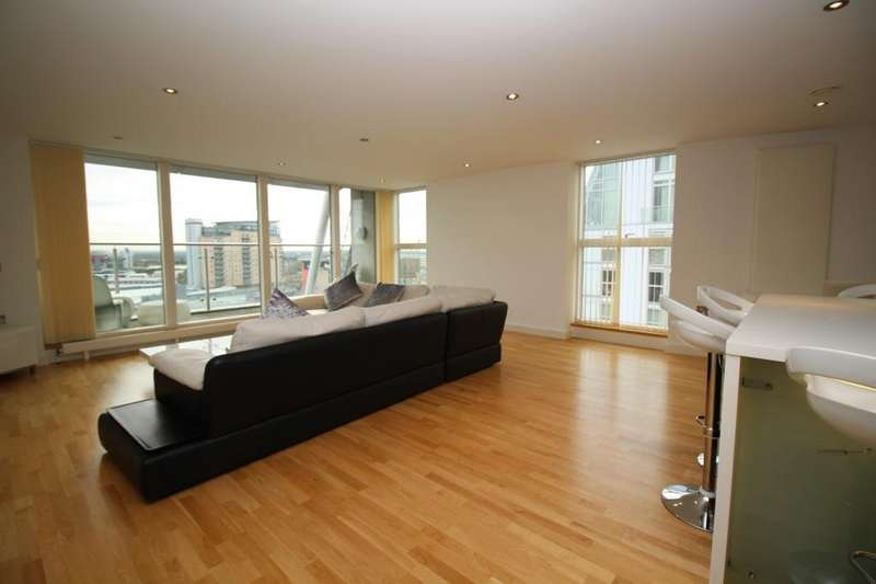 3 Bedrooms Apartment Flat for sale in N V Building, 98 The Quays, Salford Quays, Salford, M50