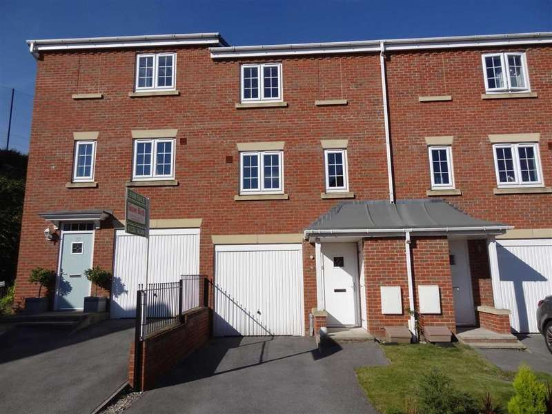 3 Bedrooms Town House for sale in Inchburn Crescent, Penistone, Sheffield, S36
