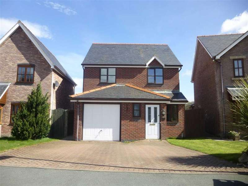 3 Bedrooms Detached House for rent in 49, Parc Yr Onnen, Llanfair Caereinion, Llanfair Caereinion, Powys, SY21