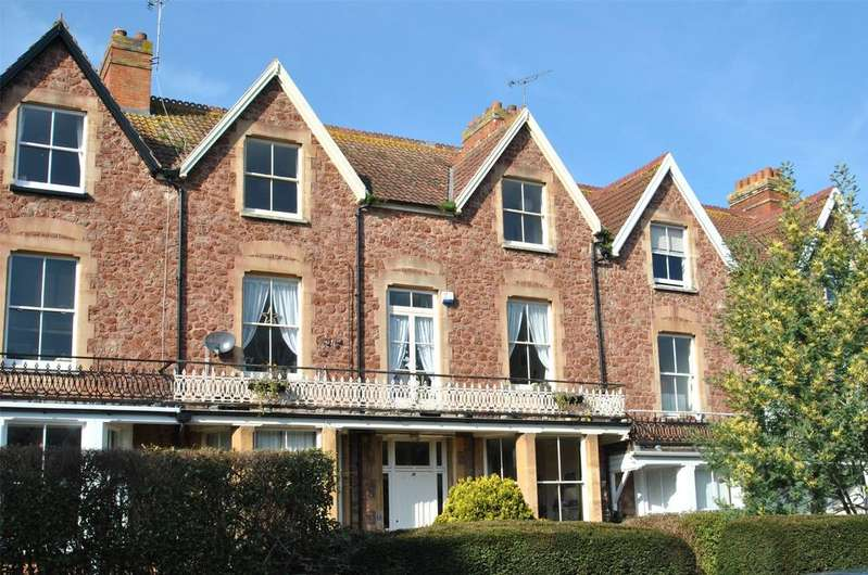 2 Bedrooms Apartment Flat for sale in Blenheim Road, Minehead
