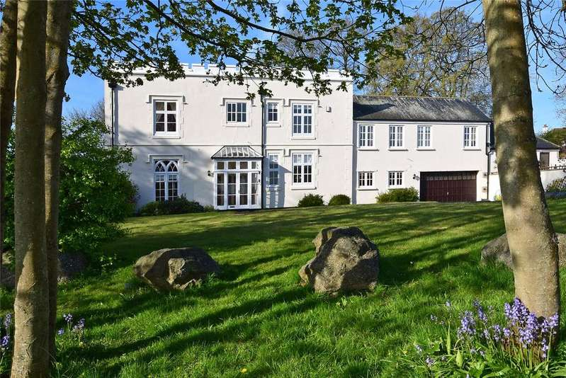 4 Bedrooms House for sale in Ryalls Court, Seaton, Devon
