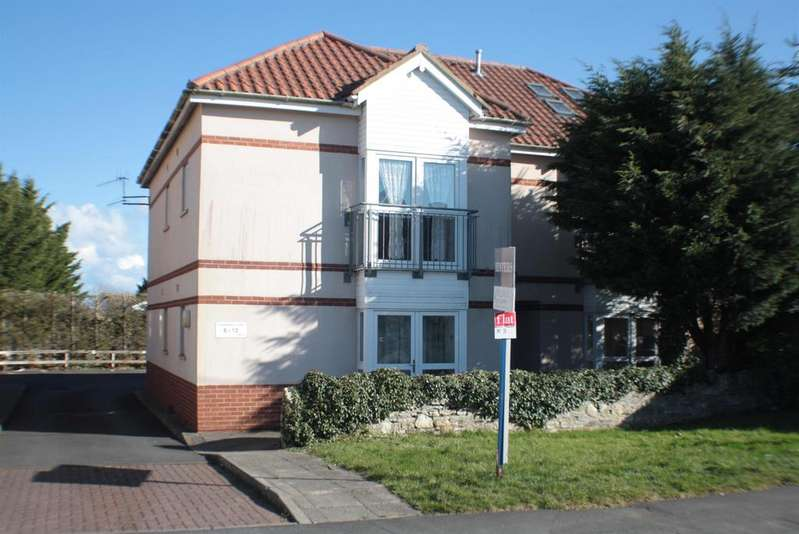 2 Bedrooms Flat for sale in Highridge Green, Uplands, Bristol, BS13 8BY