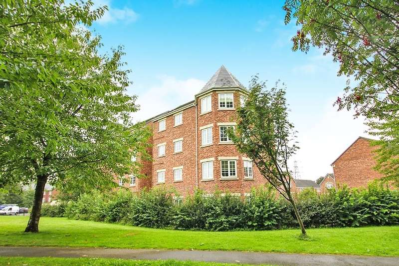 2 Bedrooms Flat for rent in Castle Lodge Court, Rothwell, Leeds, LS26