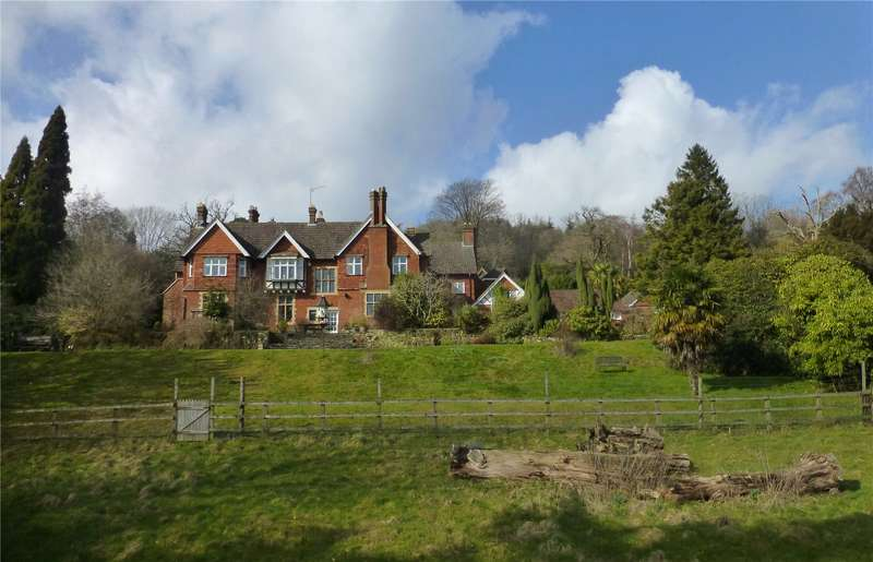 5 Bedrooms Detached House for sale in Holmwood, Dorking, Surrey, RH5