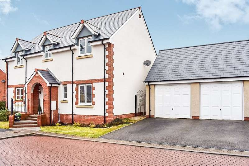 4 Bedrooms Detached House for sale in Llys Y Fedwen , Coity, Bridgend. CF35 6DZ