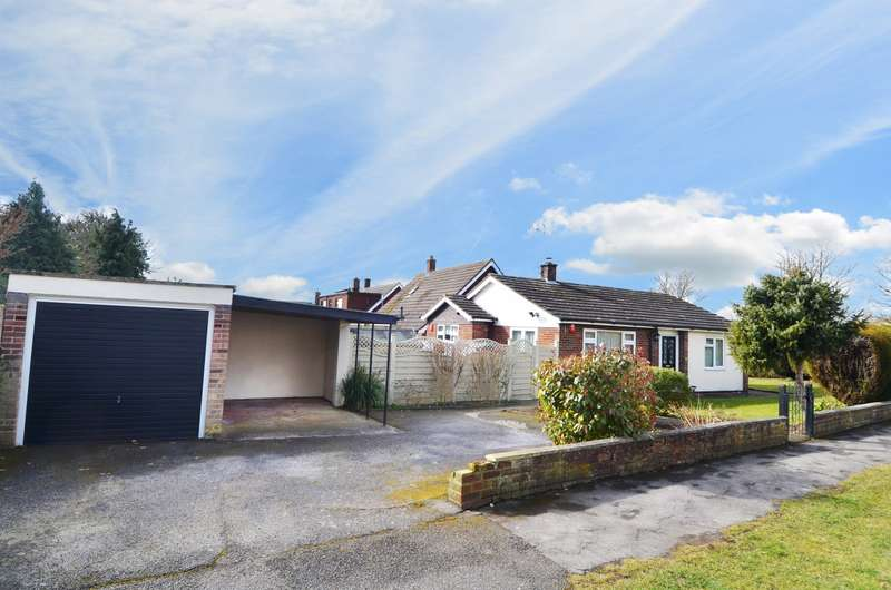 2 Bedrooms Detached Bungalow for sale in Carrington Avenue, Flackwell Heath, HP10