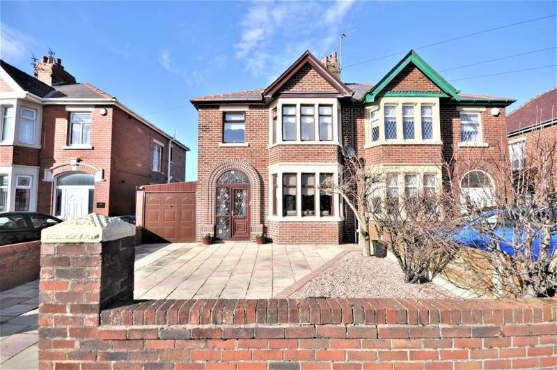 3 Bedrooms Semi Detached House for sale in St Lukes Road, South Shore, Blackpool, Lancashire, FY4 2EL