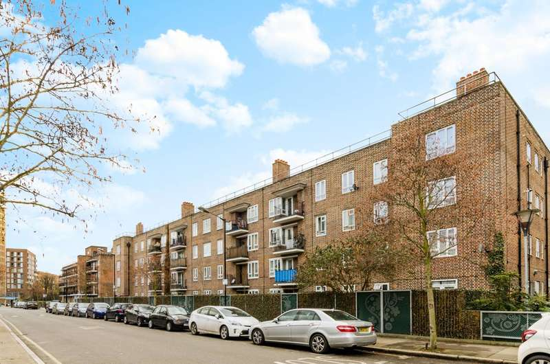 2 Bedrooms Flat for sale in Devons Road, Bow, E3