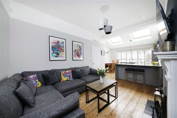 2 Bedrooms Flat for sale in Rosendale Road, Dulwich