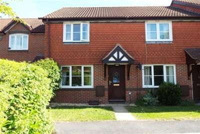 2 Bedrooms Terraced House for rent in Romsey
